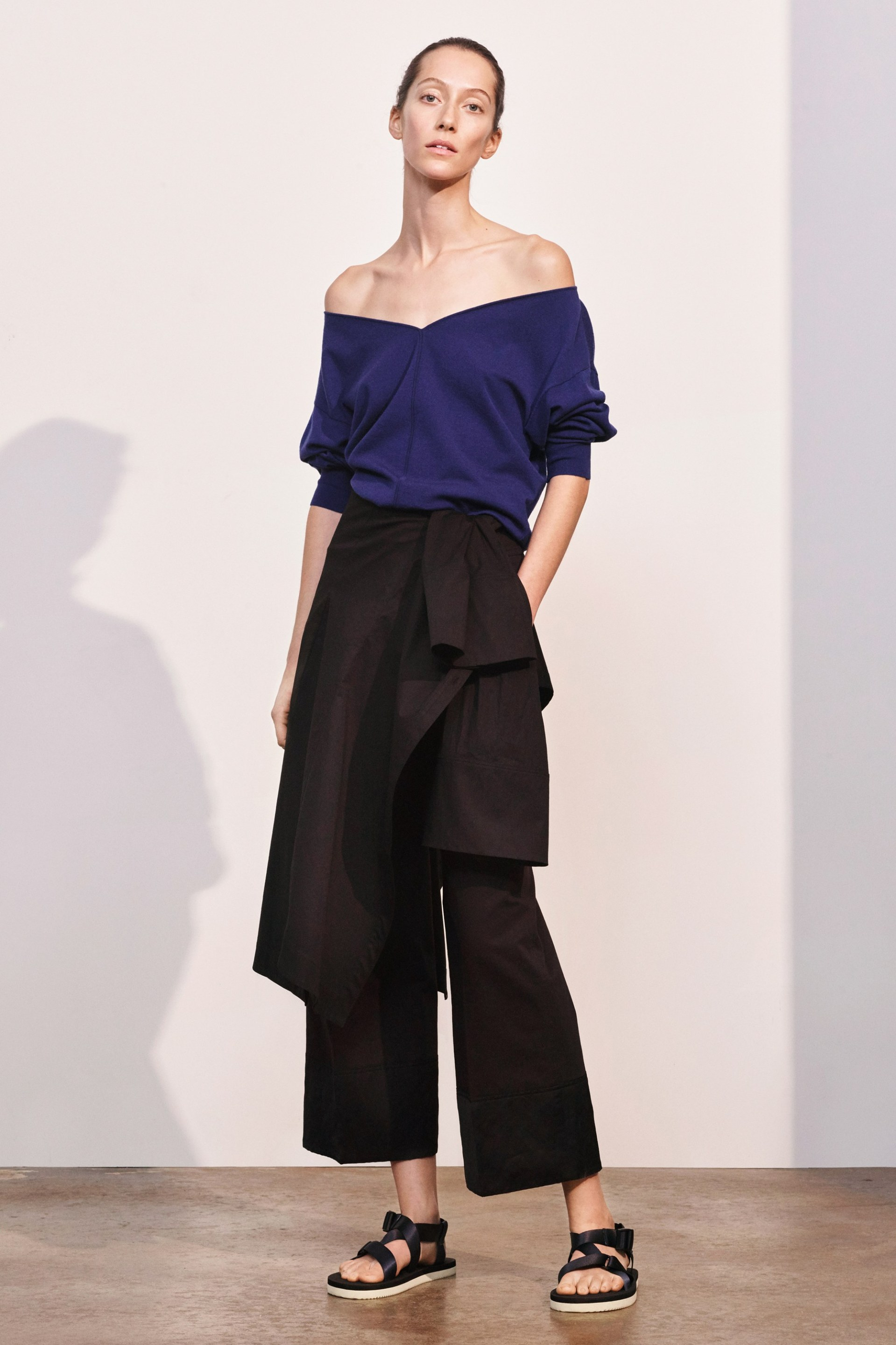 19-elizabeth-and-james-pre-fall-2017